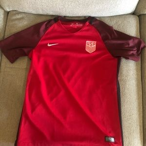 USA red Nike dry fit T-shirt size XL 2017